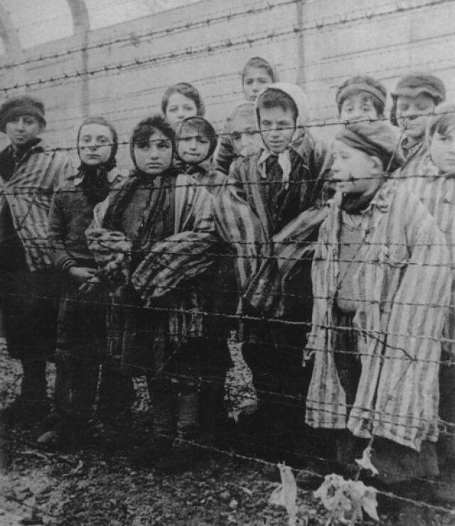 Apelują o pamiątki po Holokauście