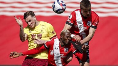 Imponujący powrót drużyny Polaka i wpadka Tottenhamu w lidze angielskiej