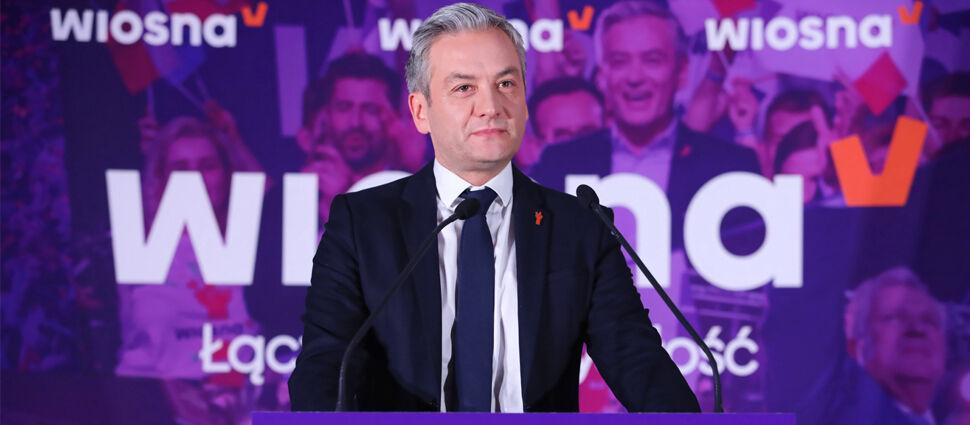 """""""Stworzymy związek partnerski"""". SLD i Wiosna łączą się, Biedroń podał nazwę nowej partii"""
