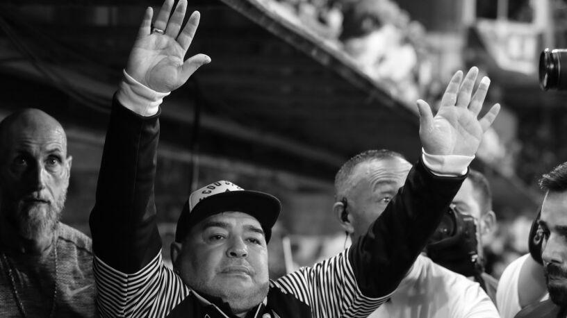 Piłkarski geniusz, ale i megaloman z wielkimi problemami. Odszedł Diego Maradona