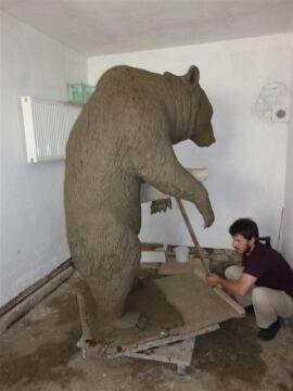 Pierwotnie pomnik miał powstać na Monte Cassino w Sopocie
