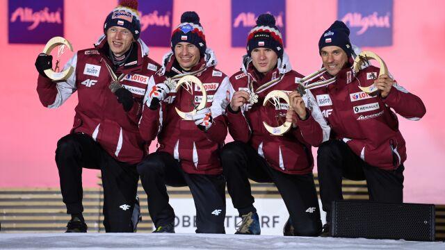 Polacy odebrali brązowe medale. Wzruszające chwile w Oberstdorfie