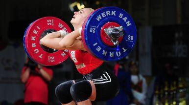 Polka nie obroniła tytułu. 208 kg nad głową Ukrainki