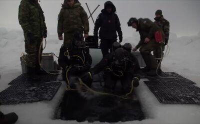 Ćwiczenia kanadyjskich żołnierzy na kole podbiegunowym