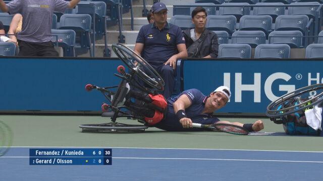 Upadek tenisowego mistrza na wózku. Zahaczył o krzesło sędziego