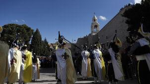 Betlejem podzielone, pielgrzymi świętują razem.