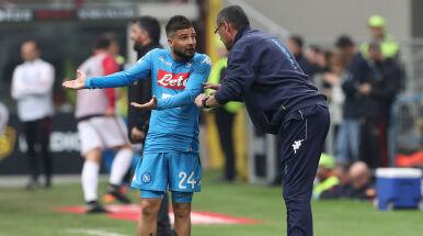 Kapitan Napoli atakuje Sarriego.