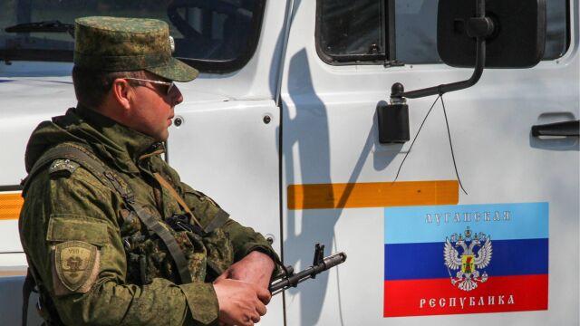 W Donbasie wymiana jeńców,  w Petersburgu Putin z Miedwiedczukiem