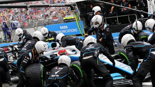 Mechanicy Williamsa walczą o nagrodę. Sporo zawdzięczają Robertowi Kubicy
