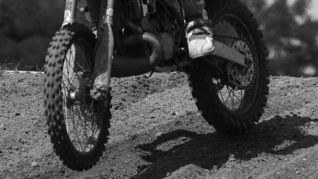 15-letnia zawodniczka zmarła po wypadku na trasie motocrossowych mistrzostw Polski