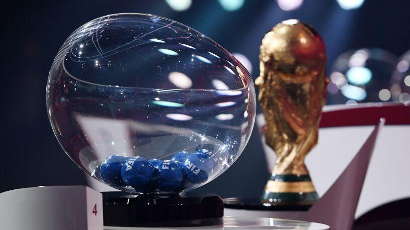 Mistrzostwa świata w Katarze  tylko dla zaszczepionych piłkarzy?