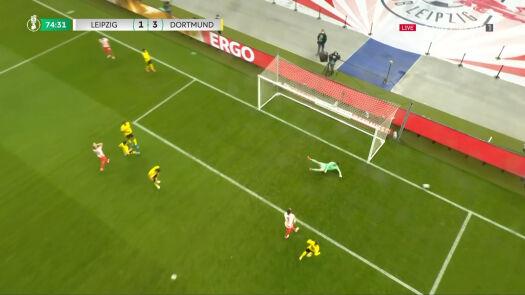 Fatalny błąd Sancho, znów było gorąco pod bramką Borussii Dortmund