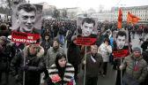 Tysiące ludzi na ulicach Moskwy. Przechodzą mostem, na którym zabito Niemcowa