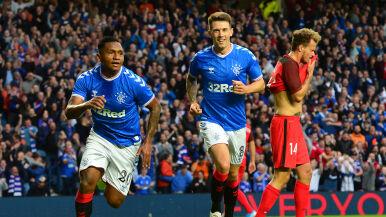 Kolejna pewna wygrana i awans Rangersów