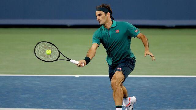 Federer wrócił po miesiącu. Załatwiłrywala w godzinę