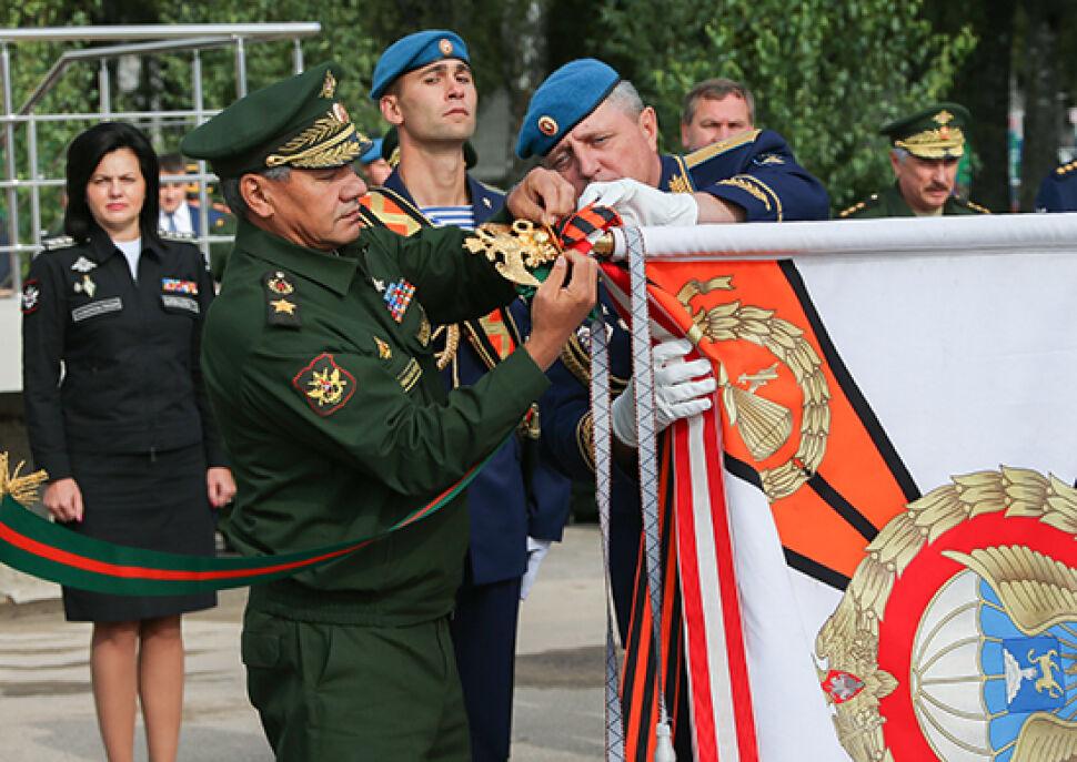 """Order od Putina, minister u wdów. Donbas """"drugim Afganistanem"""" dla elitarnej dywizji?"""