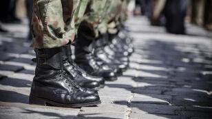 """W nocy dostali wezwania na ćwiczenia wojskowe. """"Stawiennictwo obowiązkowe"""""""