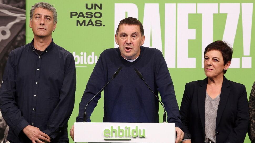 """W zamian za poparcie dla rządu żądają gwarancji dla """"deportowanych Basków"""""""