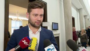 Rzecznik Porozumienia: nie wiedzieliśmy o nowym projekcie w sprawie sądów