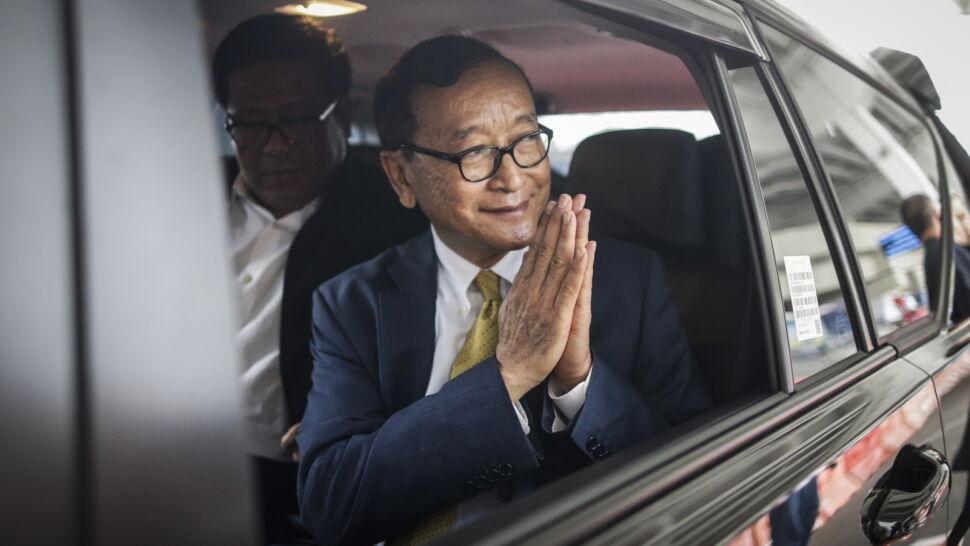 Premier Kambodży godzi się na uwolnienie opozycjonistów