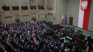 Sejm wybrał składy komisji i posłów sekretarzy. Potem marszałek zarządziła przerwę