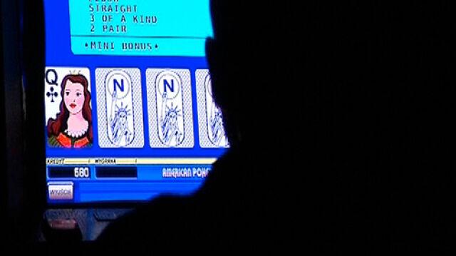 """""""...lub przez sieć Internet"""" - dopisane do ustawy hazardowej"""