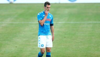 Media: AS Roma obawia się o kolana Milika. Klub wydał oświadczenie