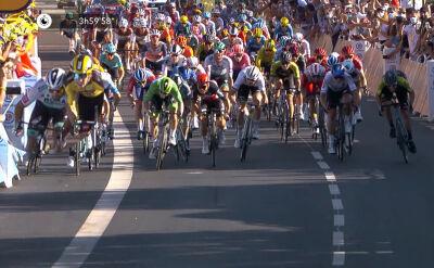 Kontrowersyjny finisz 11. etapu Tour de France. Sagan próbował ominąć kij do selfie