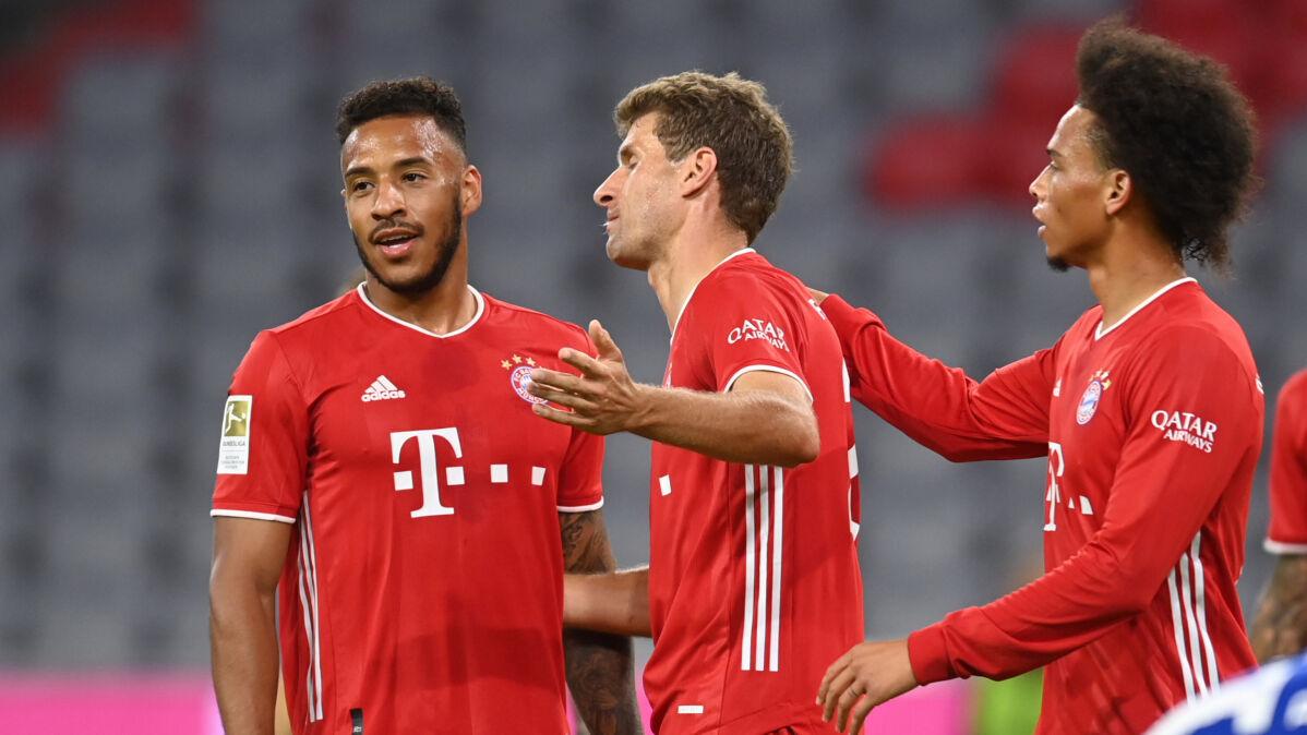 """""""Zaskoczyło mnie jak było łatwo"""", """"Powinniśmy strzelić więcej"""". Bayern bezlitosny dla Schalke"""