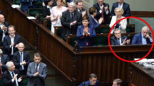PiS triumfuje. Cieszą się ministrowie, tylko nie Gowin