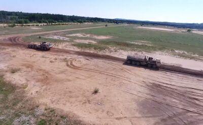 Automatyczny konwój ciężarówek US Army