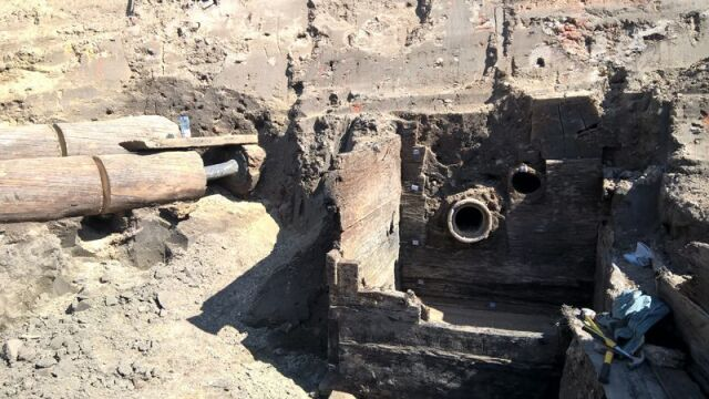27 metrów rur znaleziono w centrum Gdańska na budowie