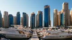 Wieżowce w Dubai Marina służą jako apartamenty mieszkalne