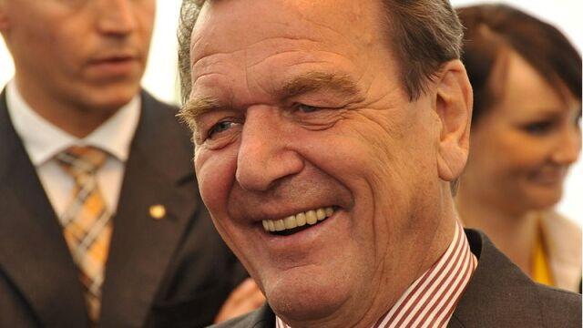 Stany Zjednoczone podsłuchiwały Schroedera, by dowiedzieć się czegoś o Putinie
