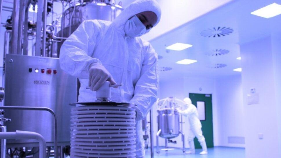 Teheran uruchomił nowe wirówki. Pracuje nad prototypem IR-9