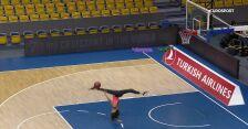Niesamowity rzut kapitan Cheerleaders Gdynia