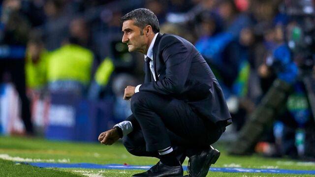 """Gwizdy na Camp Nou nie zaskoczyły trenera Barcelony. """"Dobrze, że oczekiwania są duże"""""""