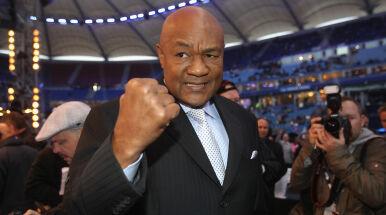 Rzucił boks po wizji religijnej, drugi powrót odradziła mu żona. Teraz Foreman boi się o Tysona i Jonesa Jr