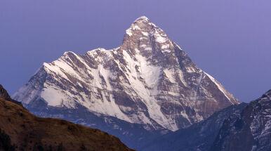 Osiem osób poszukiwanych w Himalajach.