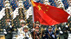 Chiny coraz bardziej otwarcie manifestują potęgę swojej armii