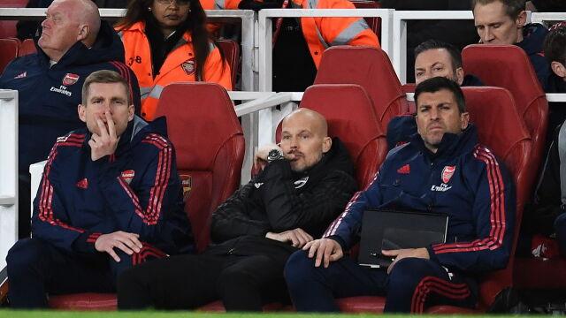 Nawet legenda nie jest w stanie pomóc. Arsenal pogrąża się w kryzysie