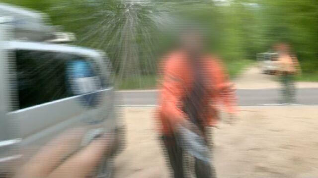 """""""Zaraz ci ten aparat pobiję!"""". Reporterzy zaatakowani przez wycinających puszczę"""