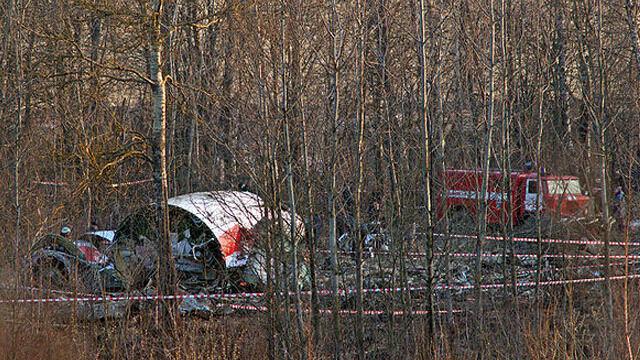 """Zamach w Smoleńsku? Sondaż: coraz więcej """"dopuszcza taką możliwość"""""""