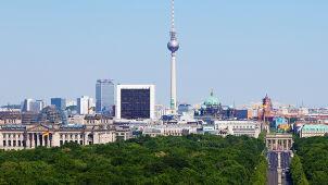 Iran chce wywieźć z Niemiec 300 milionów w gotówce. Berlin się zastanawia