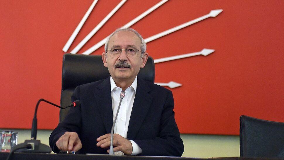"""Lider opozycji skazany za """"obrazę prezydenta"""". Musiał sprzedać dom, by zapłacić liczne kary"""