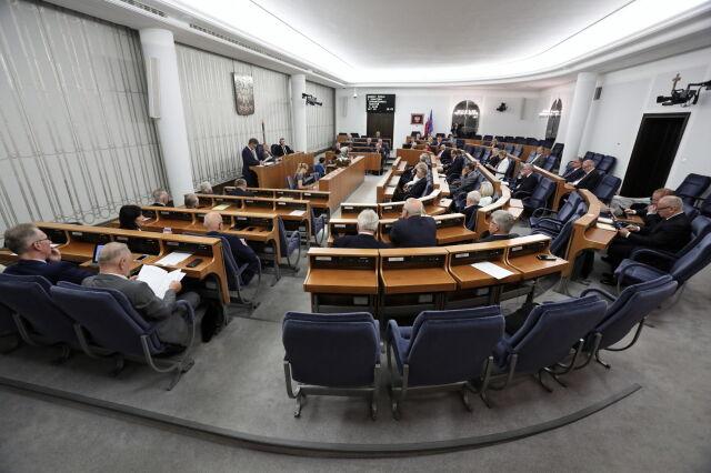 Ustawa 2.0 przyjęta z poprawkami przez Senat. Wraca do Sejmu