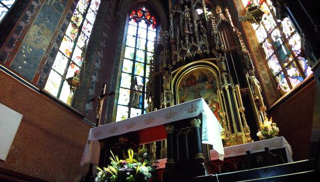 Wnętrze kościoła Franciszkanów w Krakowie