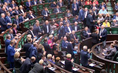 Owacje dla Rafała Trzaskowskiego