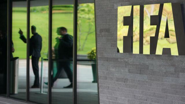 """FIFA przeciwna nowym rozgrywkom. """"Zamknięta europejska liga dla uciekinierów"""""""