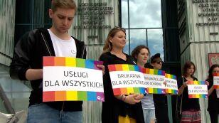 Trybunał Konstytucyjny zajął stanowisko w sprawie druku plakatów LGBT